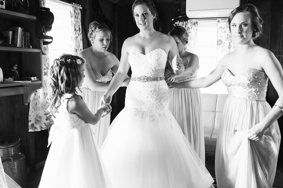 black and white wedding photography queensland wedding photographer