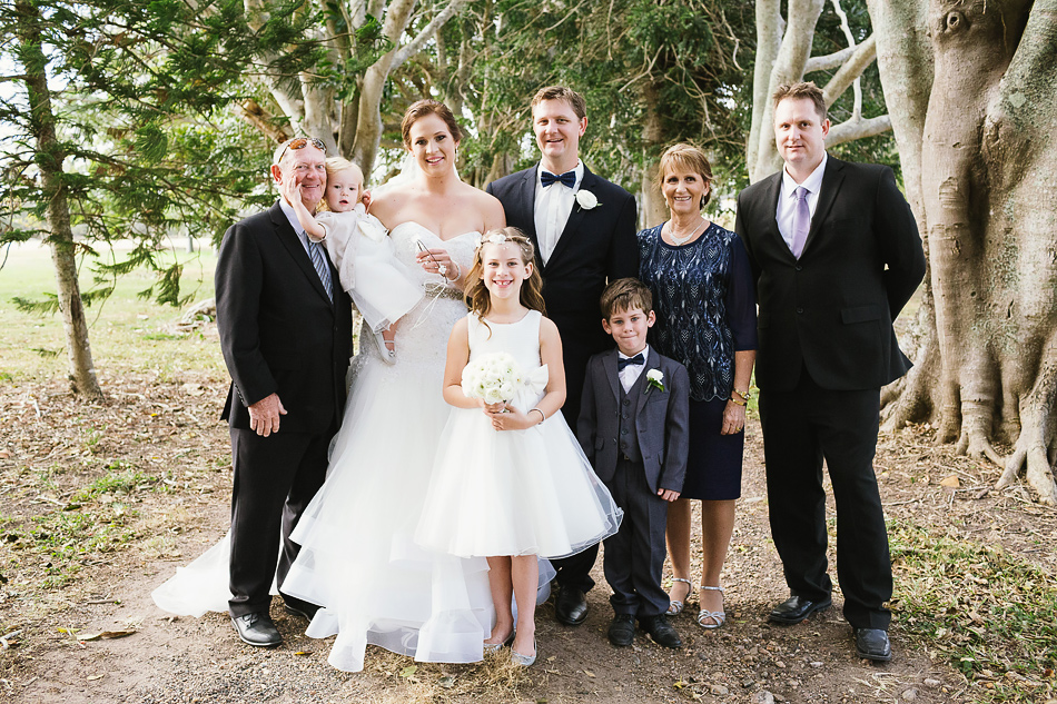 family wedding photos brisbane yandina station