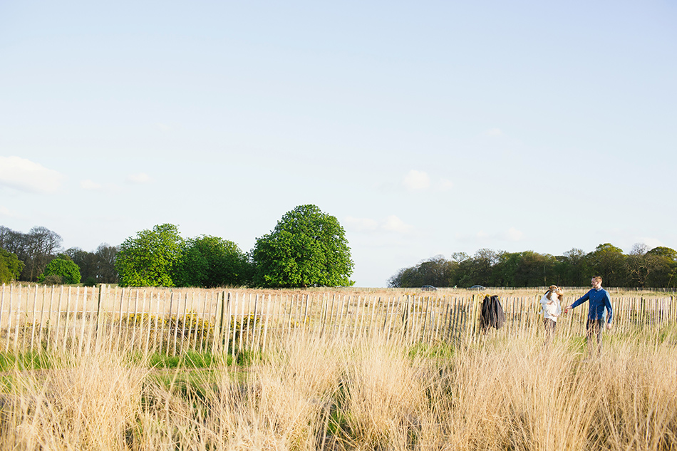wedding photography in a field