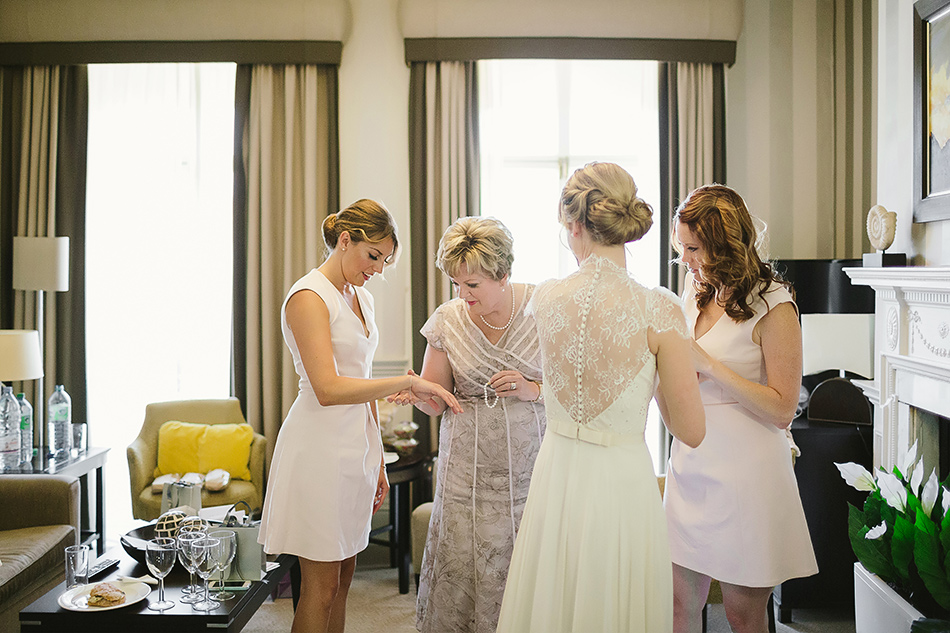 wedding preparation photography bridesmaids