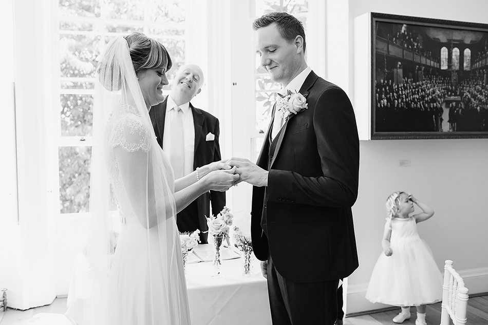black and white wedding photography ceremony