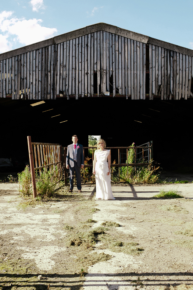 wedding a barn