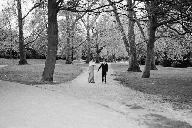 wedding photography portraits at battersea park