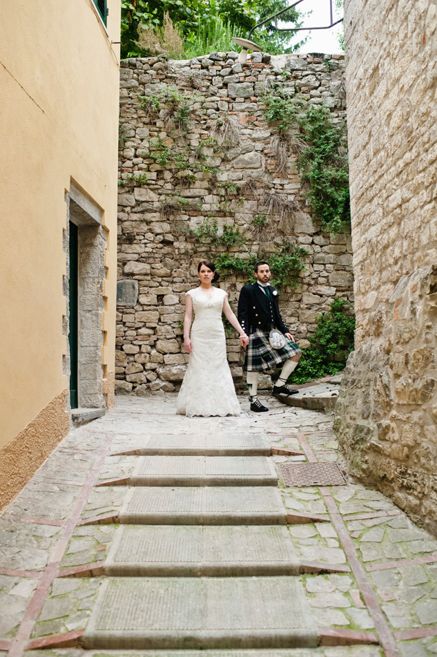 wedding photographer for todi town hall umbria italy