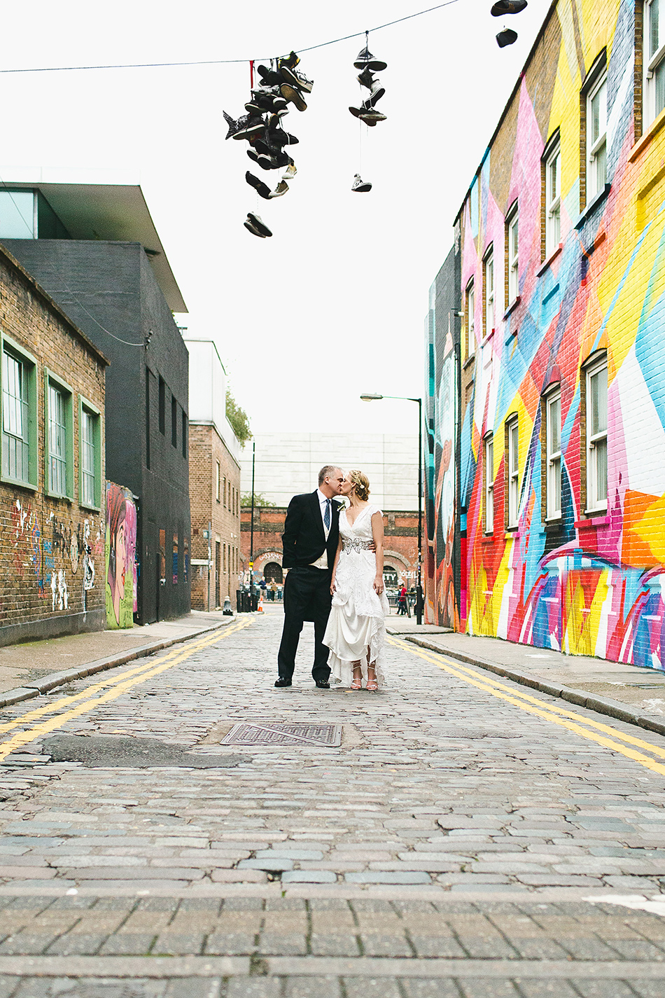 creative wedding photography in the street redchurch street london urban cool wedding photographer