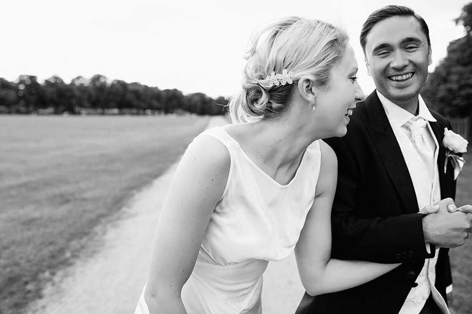 cool and fun wedding photographer black and white