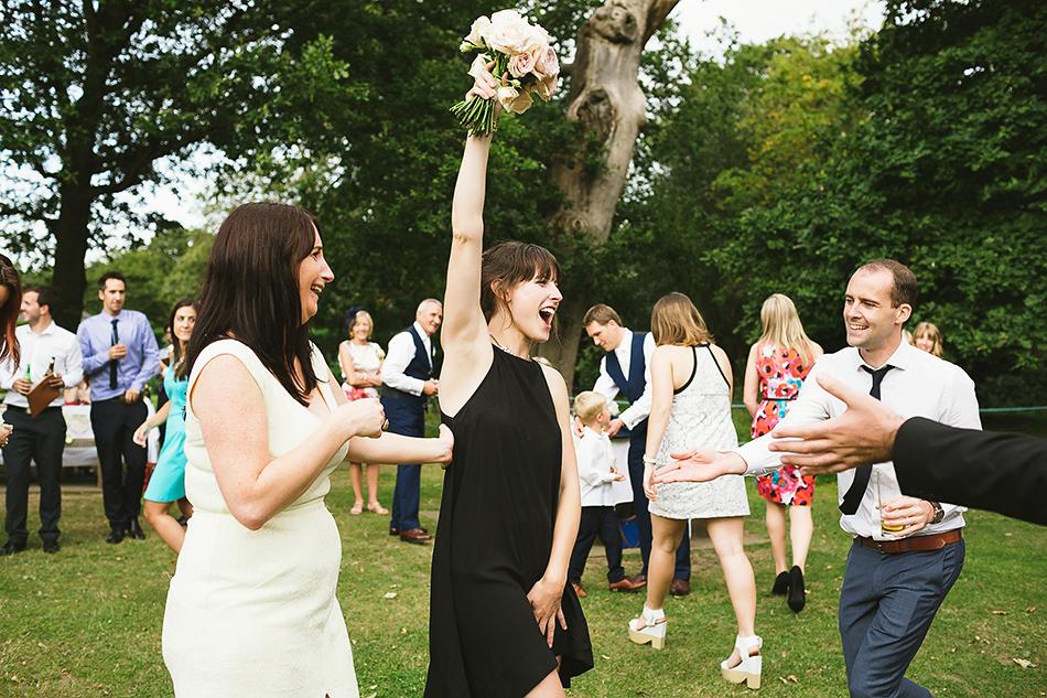 outdoor wedding in a garden modern wedding photographer
