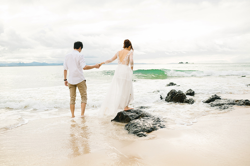 byron bay portrait photographer brisbane wedding photographer at the beach for outdoor wedding