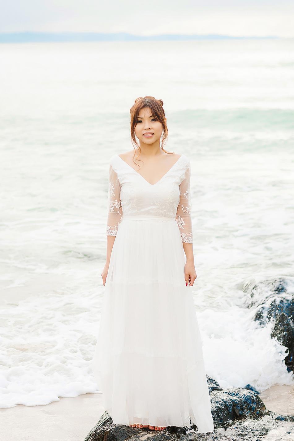 brisbane wedding photographer byron bay beach wedding portraits with a couple