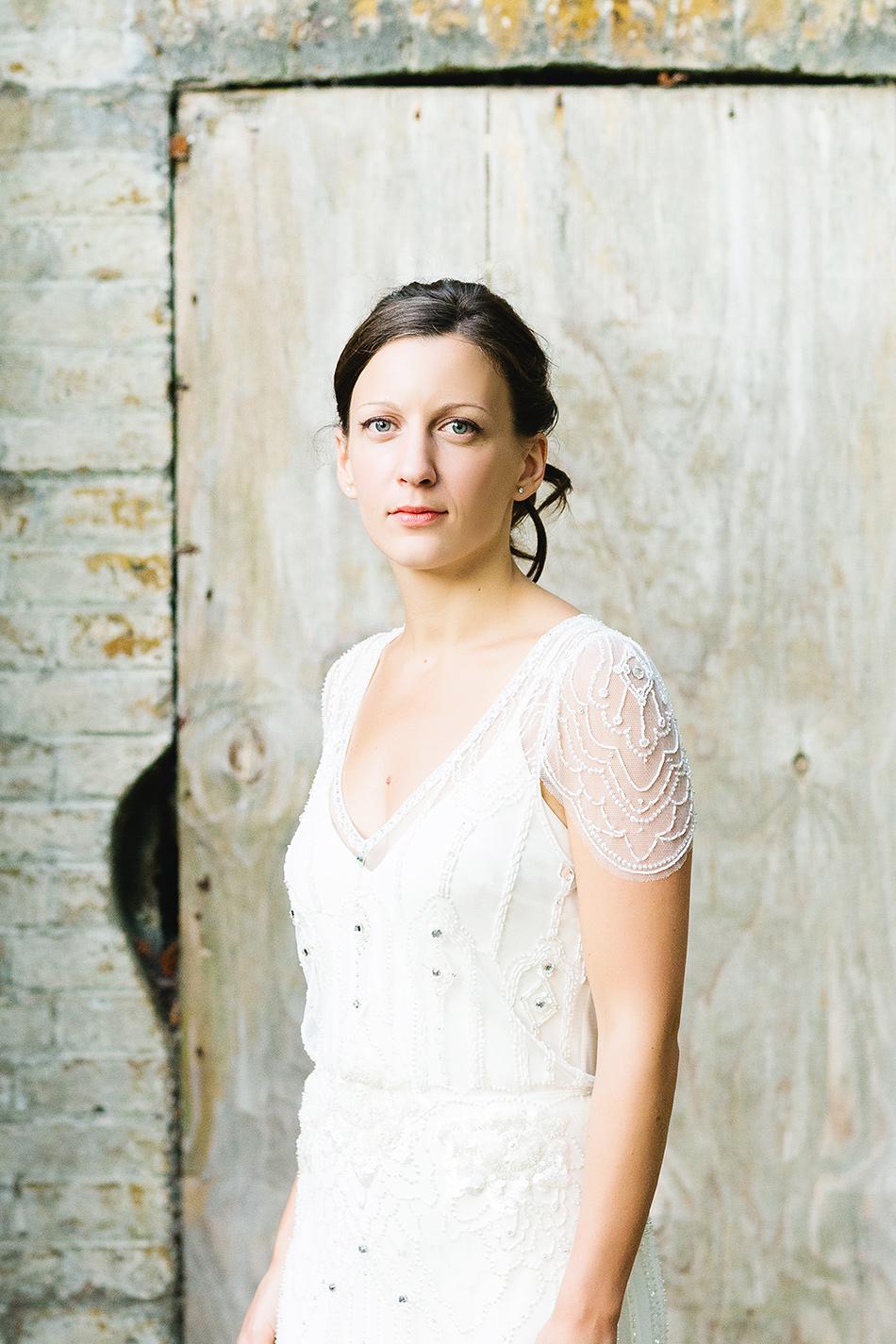 creative wedding photographer sunshine coast wedding photographer brisbane wedding jenny packham wedding dress