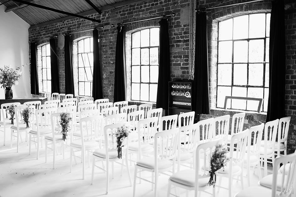 natural wedding flowers at powerhouse wedding brisbane