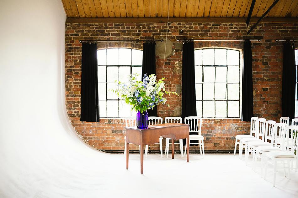 black and white wedding photographer brisbane