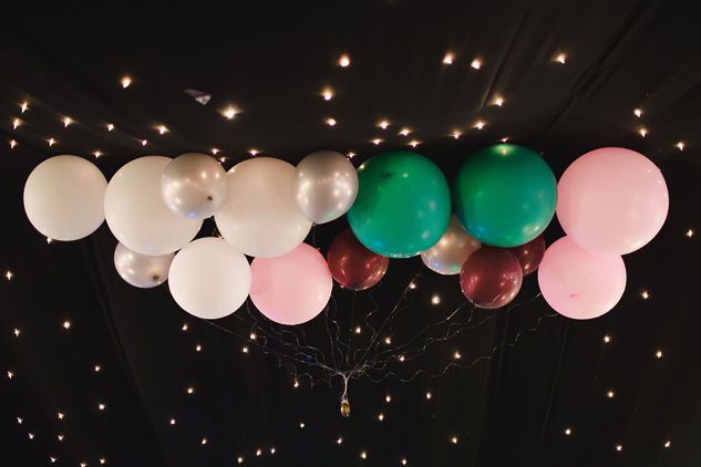 cool wedding photo of balloon decorations