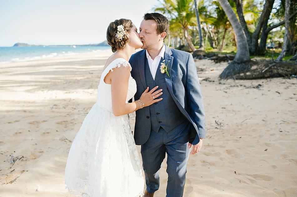 cool wedding photographer the elandra mission beach