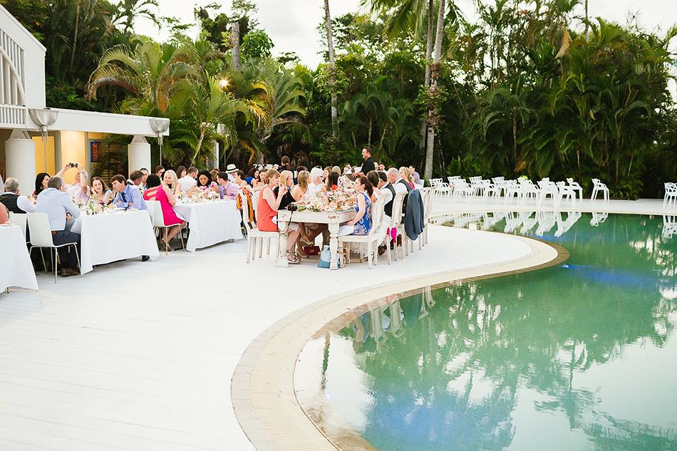 cocktails at the elandra mission beach wedding