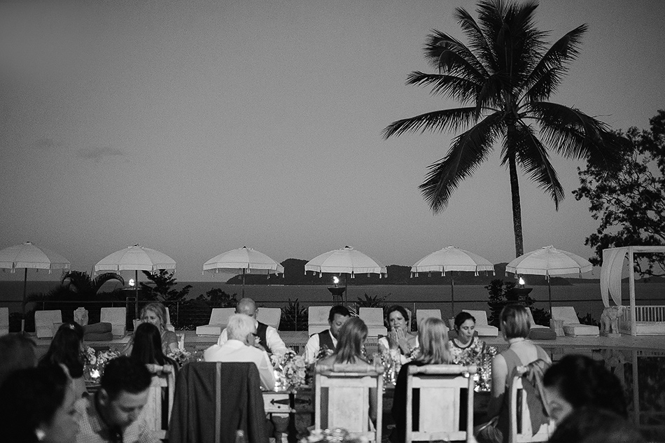 wedding speeches photography at the elandra mission beach