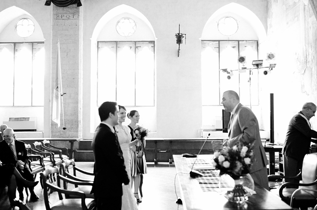 italy_wedding_photography_todi_town_hall