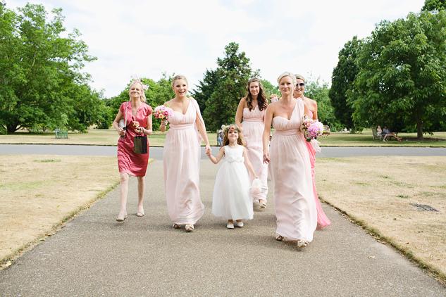 creative wedding photography brisbane london sunshine coast bridesmaids getting ready