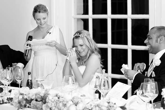 reportage wedding photography black and white photos of speeches