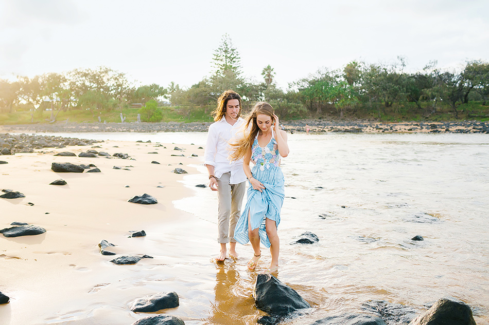brisbane wedding photographer beahc wedding photography wedding portraits at a beach in the gold coast or innes park bargara