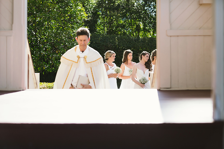 wedding ceremony at christ the king church brisbane wedding photographer