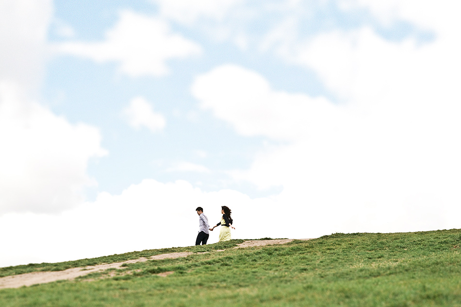 wedding photography creative primrose hill engagement shoot in a park parliment hill london 0010