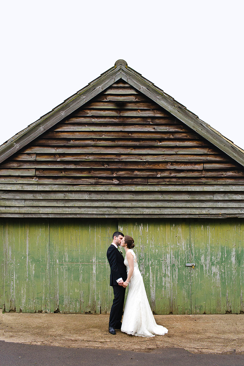 creative boho reportage wedding photography with barn the priory hadleigh 0002