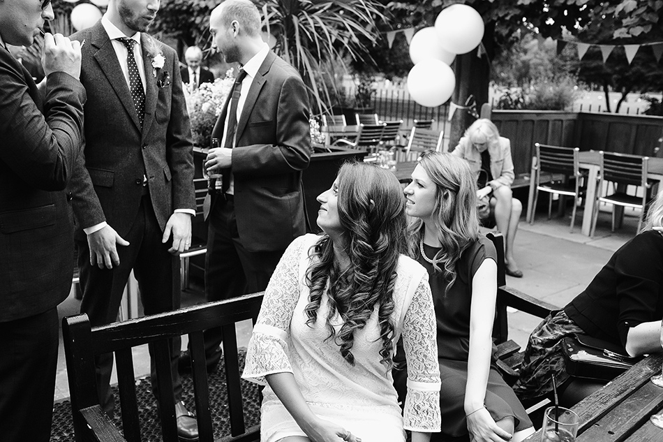 creative wedding photographer cool city garden field wedding london brisbane 073