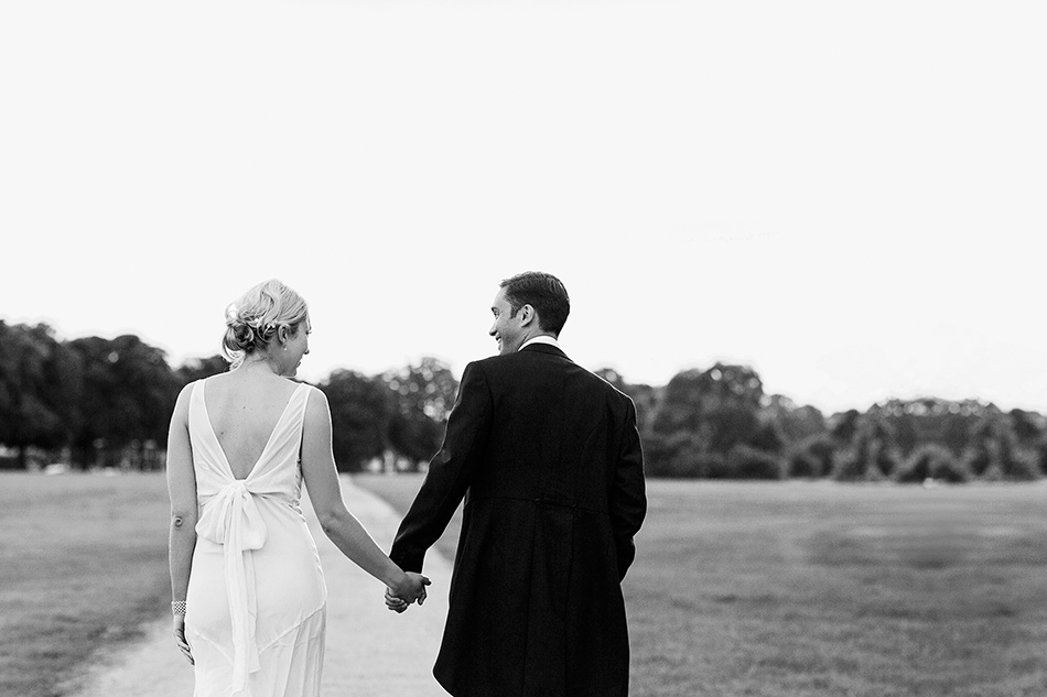 creative reportage wedding photography hampton court house london 0008