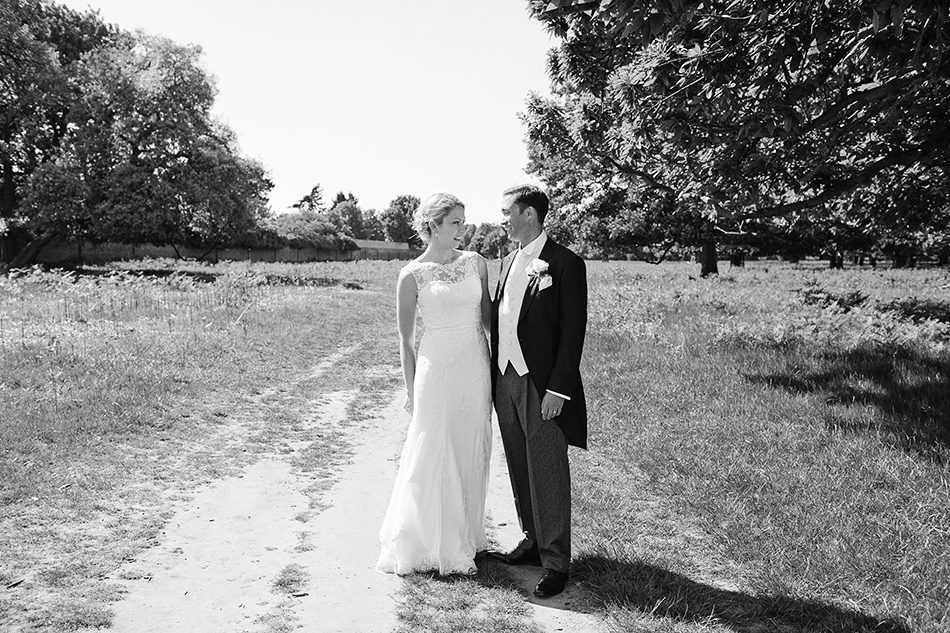 creative reportage wedding photography hampton court house london 0012