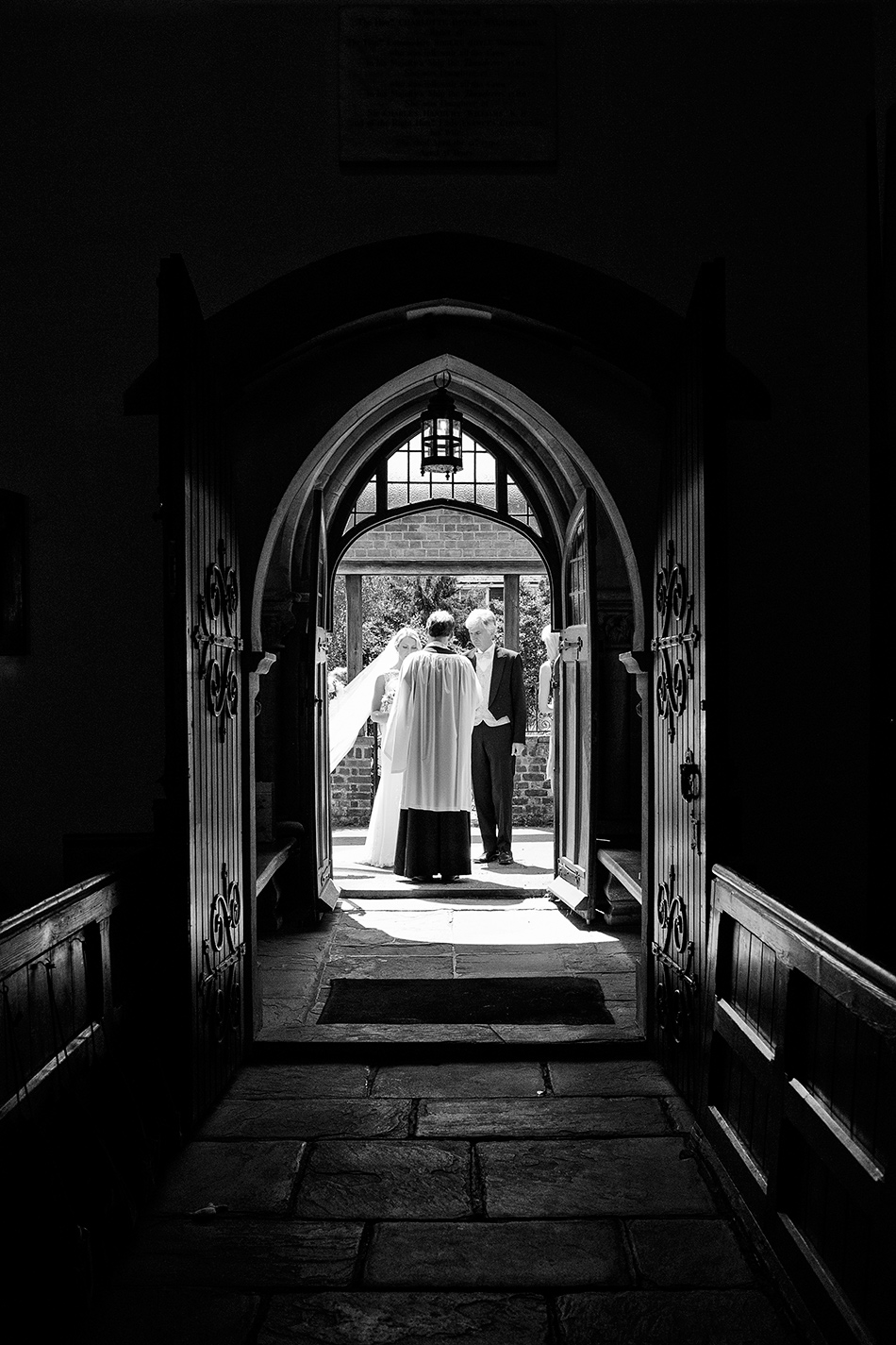 creative reportage wedding photography hampton court house london 0034