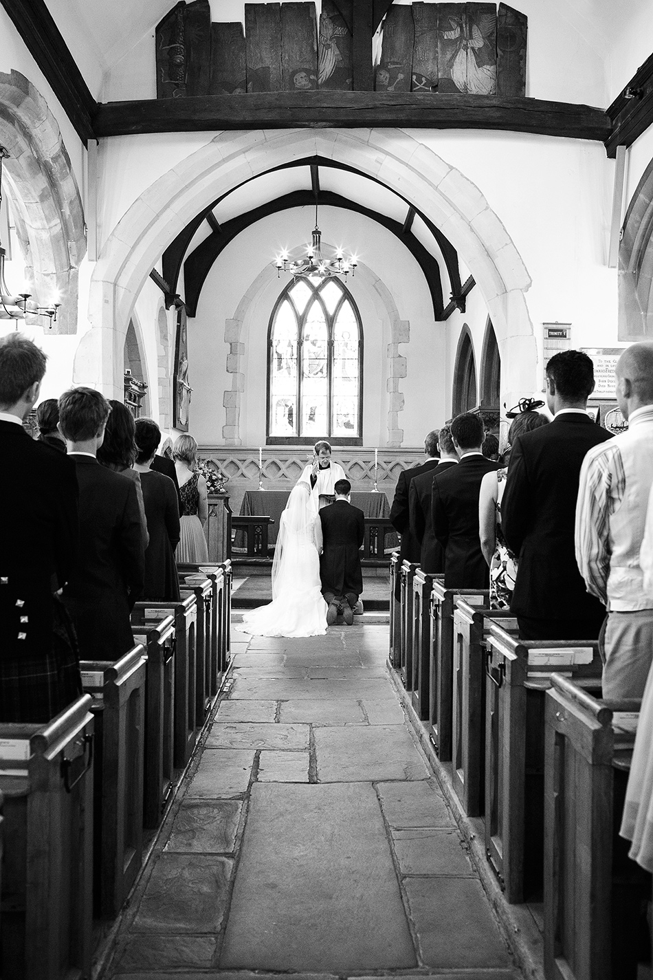 creative reportage wedding photography hampton court house london 0041