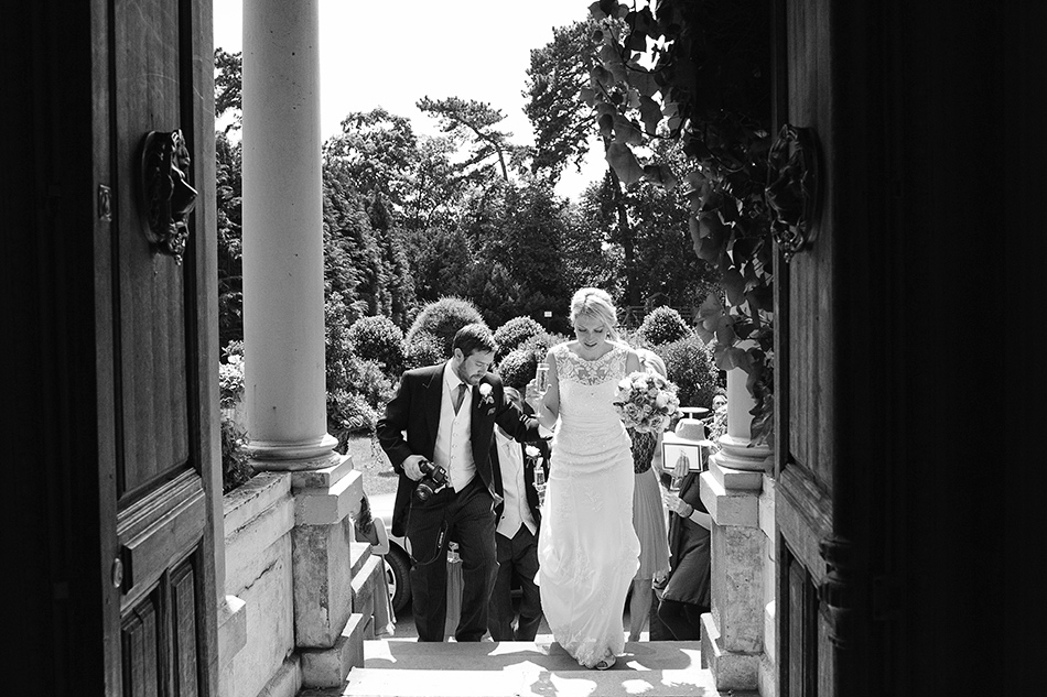 creative reportage wedding photography hampton court house london 0056