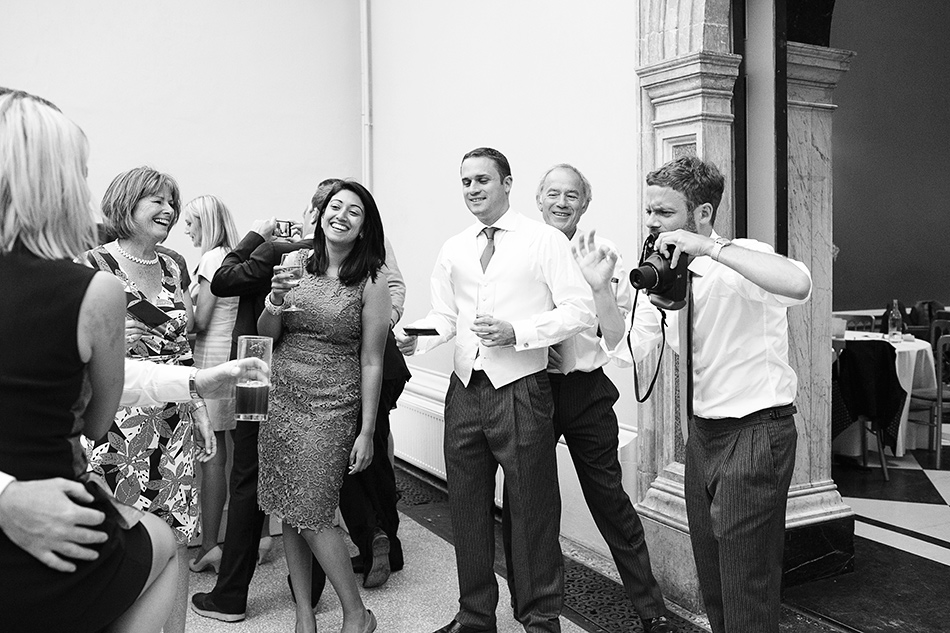 creative reportage wedding photography hampton court house london 0084