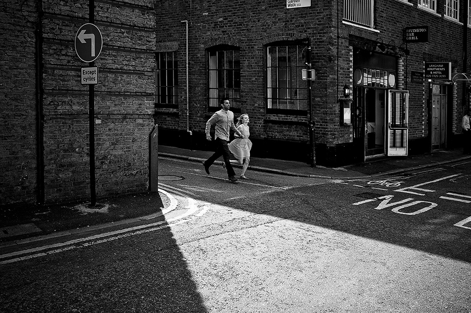 old street city london engagement wedding photography couple shoot creative portraits 0022