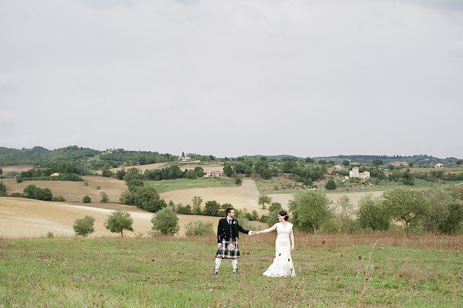 reportage creative photography wedding venue todi umbria italy wedding 0019