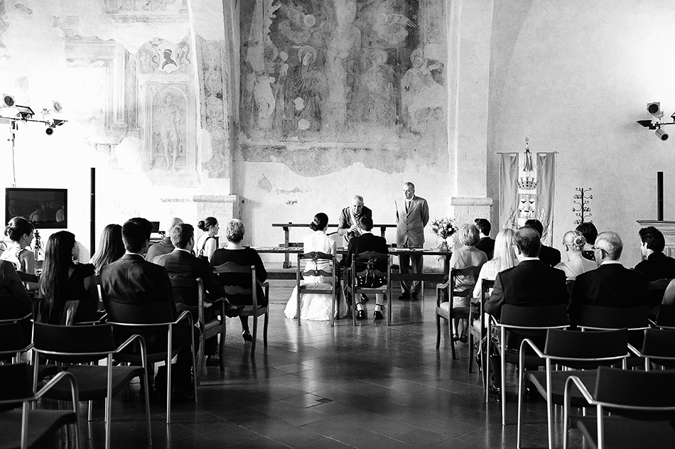 reportage creative photography wedding venue todi umbria italy wedding 0064