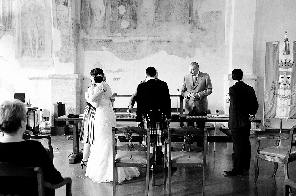 reportage creative photography wedding venue todi umbria italy wedding 0072