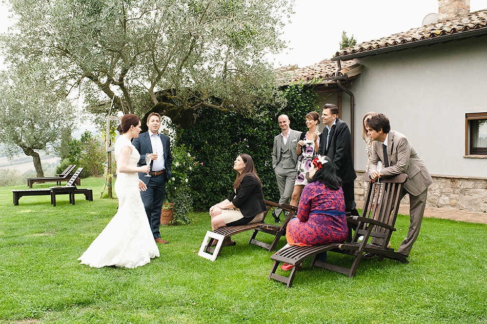 reportage creative photography wedding venue todi umbria italy wedding 0089