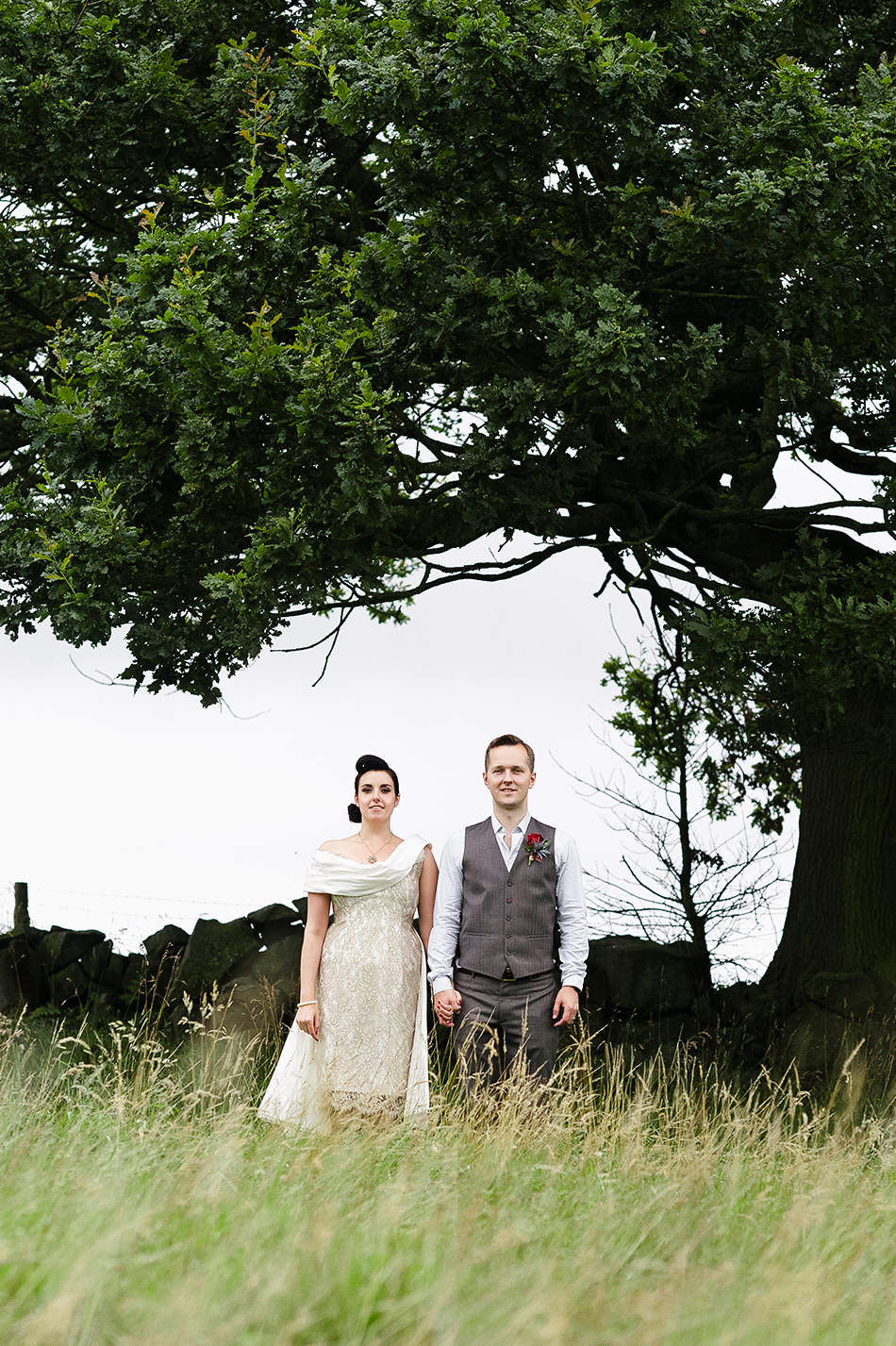 creative reportage wedding photography in a hall diy wedding farm style harrogate 0005